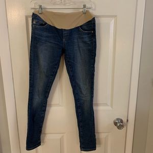 AG secret belly fit ankle maternity jeans
